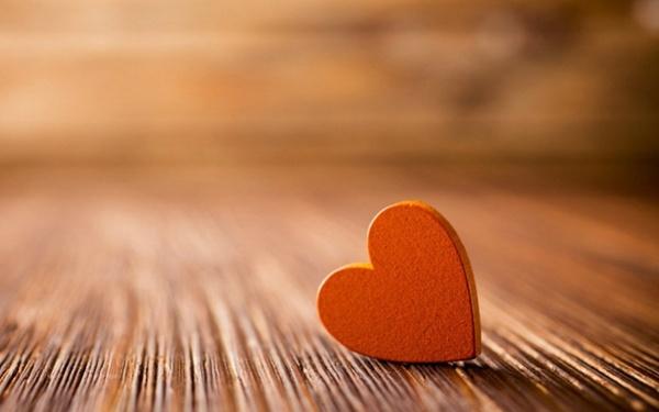 ljubljenje na vratima
